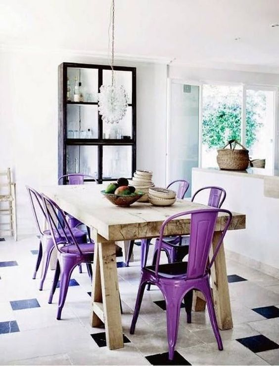 20+ interiors using Pantone's 2018 Ultra Violet