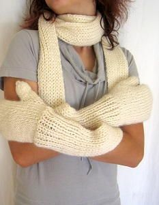 Mittens, Knit scarves and Knit scarf patterns on Pinterest