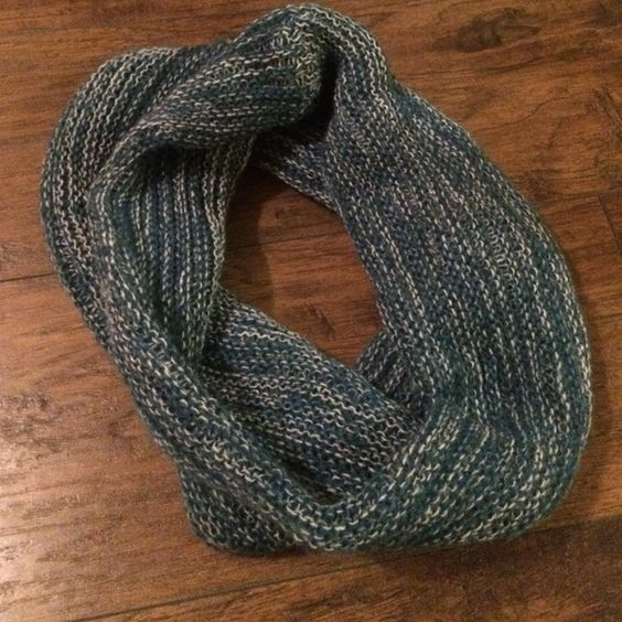 scarf blue knit infinity scarf!! never been worn and in perfect condition!! very soft and goes with anything Accessories Scarves & Wraps