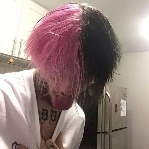 Does Anyone Know What This Hairstyle Is Called Hair Beauty Skin Deals Me Fashion Love Cute Style Wome Pink And Black Hair Hair Styles Boy Hairstyles