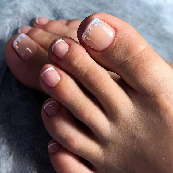 #pedicure #nails #beauty #feet #nailswag #instagramanet #beautifulgir #like #дизайнногтей #педикюр #идеипедикюра #ухоженныеножки #ногти #идеальныйпедикюр #новогоднийпедикюр #педикюрдизайн #гельлак…