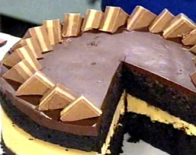 Torta de chocolate y crema de maní