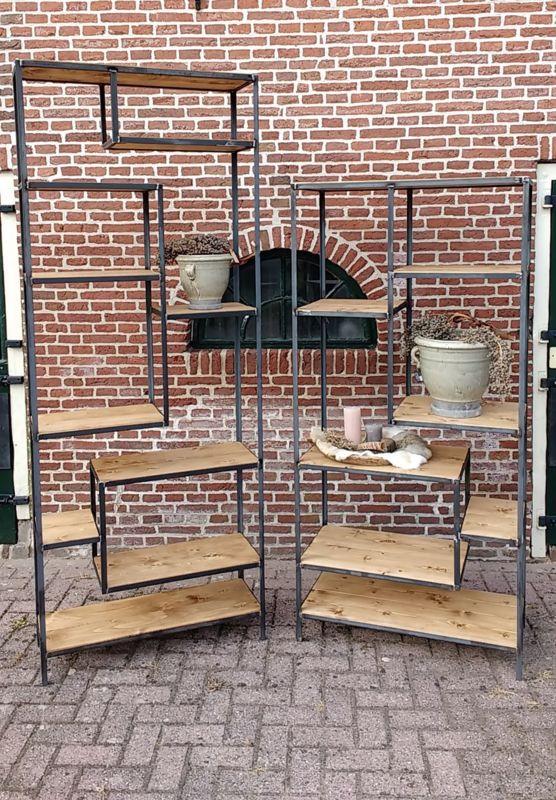 Industriële Asymmetrische Open Kast Mulder Vintage
