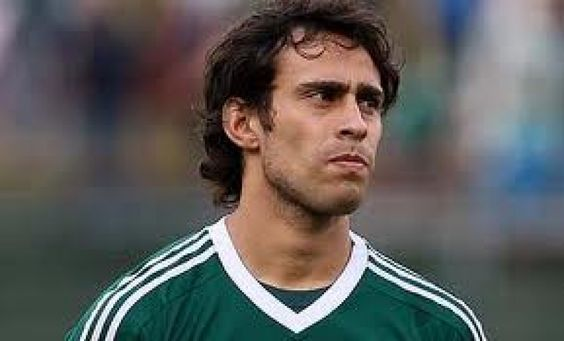 Jorge Valdivia estará 15 días sin jugar por lesión en su muslo