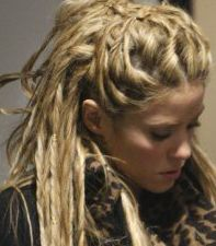Temporary Dreads... UM WHAT? I wanna do this, but I also want to know how easy it actually is to get them out...