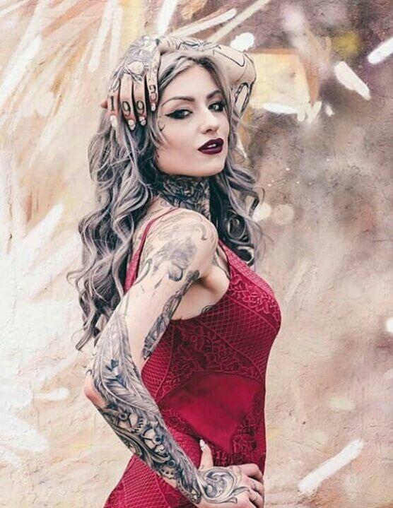 Pin By Cristina Alexandra On Art Ryan Ashley Hot Tattoo Girls Girl Tattoos