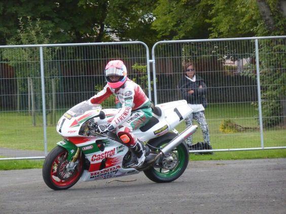Steve Plater on Hizzy's Castrol Honda at Classic TT 2014
