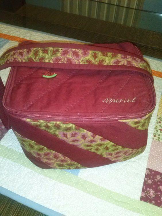 Bolsa para lanches em patchwork www.pelavitrine.blogspot.com