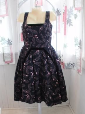 Fabulous 50's Pin Up Party Dress with full skirt,velvet detail
