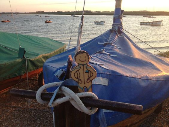 After changing out of his suit and into his snazzy wetsuit our Jolly Ginger was spotted at the Aldeburgh Yatch Club ready for a sunset sail....