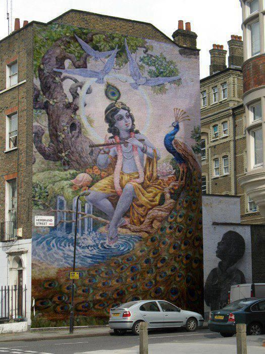 Krishna street mural-- just to get those large-scale juices flowing