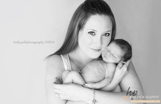 #hollypohlphotography #newbornphotography #babyphotography #familyphotography #milestonephotography #firstyear #maternity