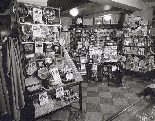 Whelan's Drug Store, 44th Street and Eighth Avenue, Manhattan ca. 1936 (NYPL)