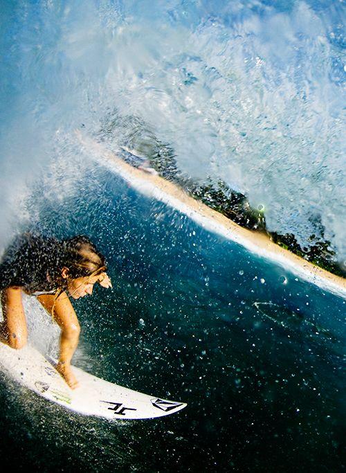 Surf girl... Claire Bevilacqua...