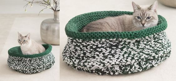 Keep your furry friend warm in this knitted cat bed. This fun knitted cat bed...