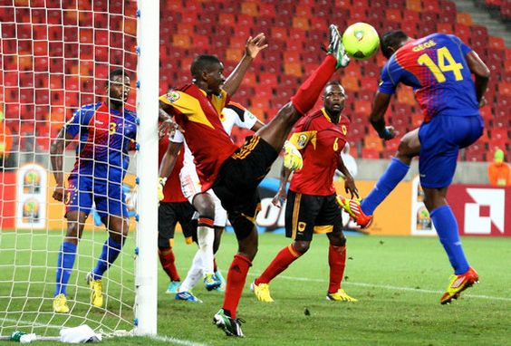 Osvaldo Paulo Joao Diniz of Angola lets loose a high kick during group play against Cape Verde. (Getty) Add World Football INSIDER on www.Twitter.com/WorldFBInsider & www.Facebook.com/WorldFootballInsider for the latest info on the world of #Football / #Soccer.