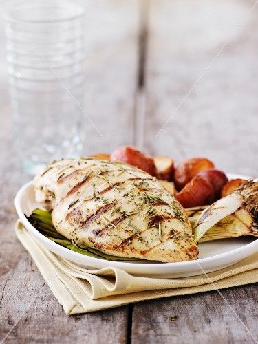 Grilled chicken breast with vegetables - ck