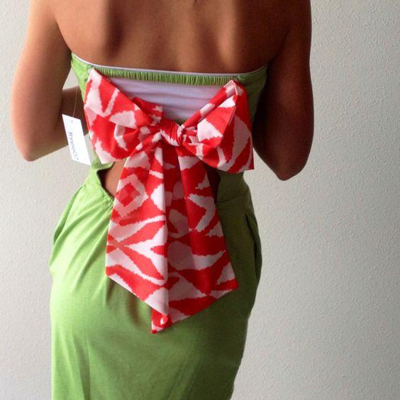 Back View. Chiffon printed detachable bow
