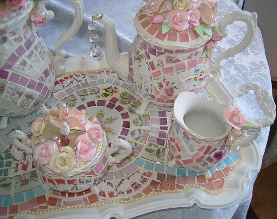 Very pretty mosaic tea-set.
