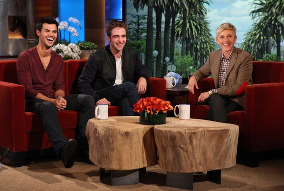 Taylor Lautner and Robert Pattinson drop by for Twilight Week