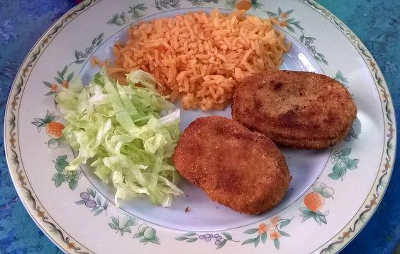 Esta receta nos la preparaba mi madre, es de las primeras recetas que aprendí con ella. Es muy rendidora y fácil de elaborar. Ideal para las…