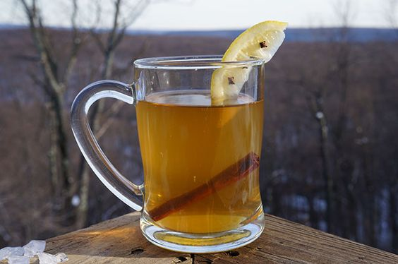 Warm and toasty hot toddy is the perfect treat in the blistering cold! http://livelaughcook.com/live-laugh-weekend-mountains-hot-toddy Live. Laugh. Cook. - Love Deliciously