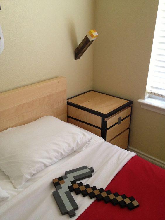 minecraft bedding idea and accessories.