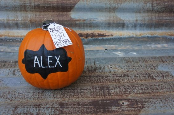 Chalkboard Pumpkin Place Card