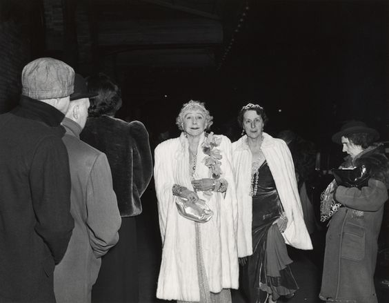 Weegee - The Critic, 1943
