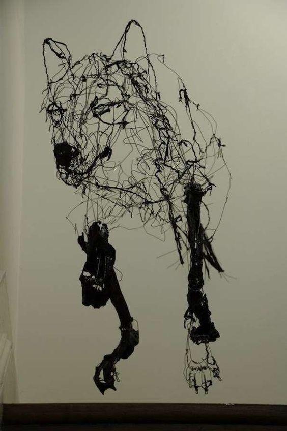 Wiry Wolf Sculpture by David Oliveira