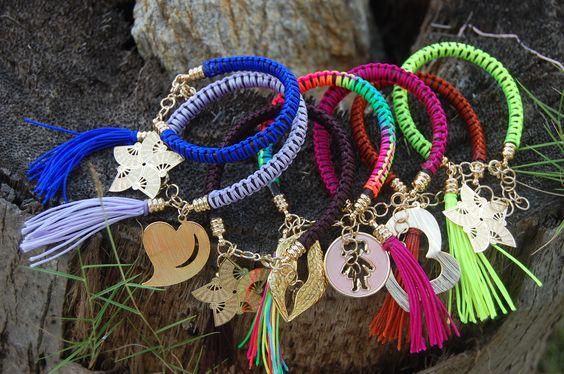 Pulseras, Bracelets by http://www.facebook.com/damarysavilaccesorios