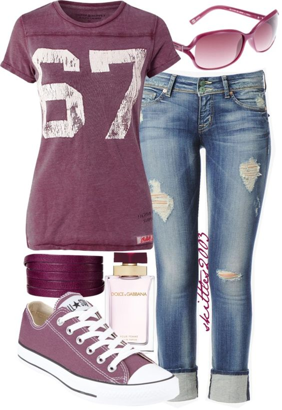 other than the hole-y jeans, which I will never think look okay, I really love this casual outfit