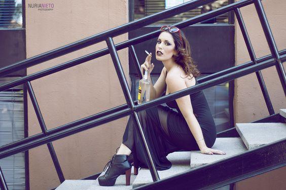 Editorial: Black Excess Model: Sara Sanchez Fotografía, procesado, MUA y estilismo: Nuria Nieto www.nurianieto.es