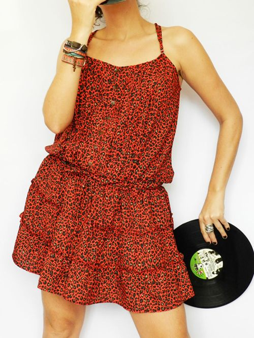 Oncinha http://www.hipstock.com.br/vestidos/vestido-curto-rodado