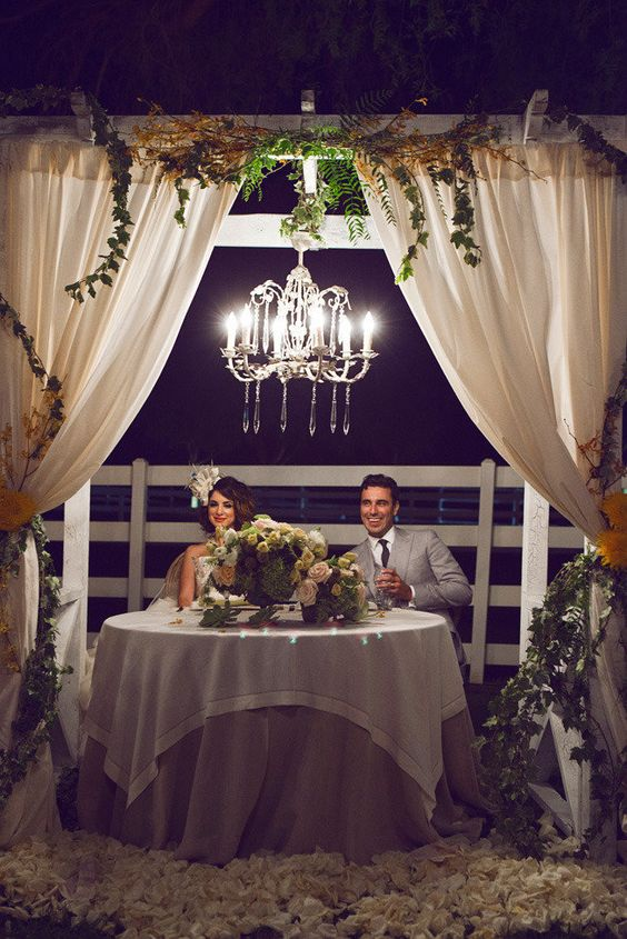 Private sweetheart table