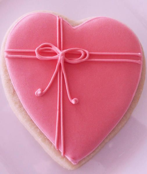 Simple valentine cookie: