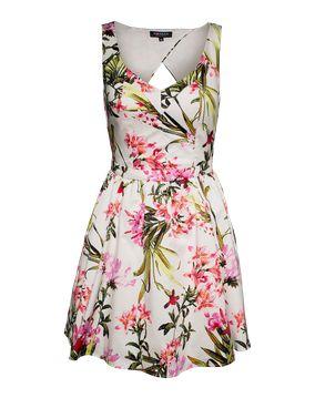 Hey! Ich bin mir unsicher. Wie findest du dieses Produkt von @aboutyoude? http://www.aboutyou.de/p/morgan/rueckenfreies-50ies-dress-rolen-n-1969216