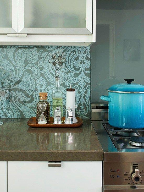 tapeten in der küche ideen küchenrückwand glas fliesenspiegel ...