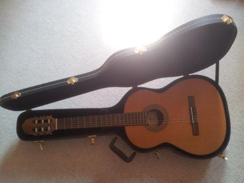 #Gitarre mit #Gitarrenkoffer und -fuß in #Thüringen - #Gotha   Musikinstrumente und Zubehör gebraucht kaufen   #eBay #Kleinanzeigen