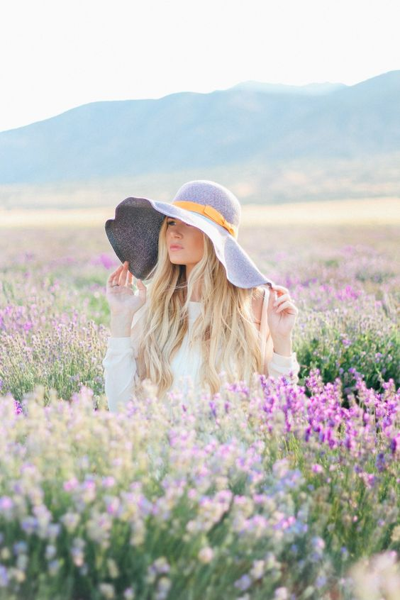 spring hats flowers