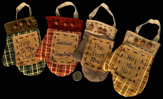 Primitive Christmas Ornaments patterns | ... with Rusty Bells Ornament - Christmas and Holiday - Primitive Decor