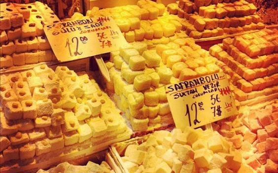Inside the Spice Market, Turkish Treats, Istanbul #markets #bazaars #ThePurplePassport