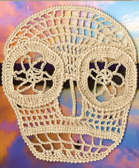 Large Ecru Lace crochet skull | CROCHET : ART IN YOUR ...