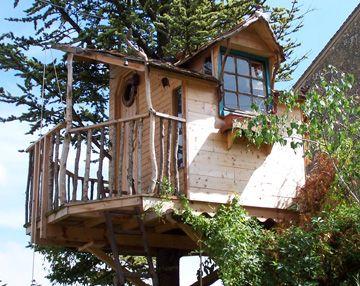 constuire une cabane perch e en bois minecraft et objet de folie pinterest maison balcons. Black Bedroom Furniture Sets. Home Design Ideas