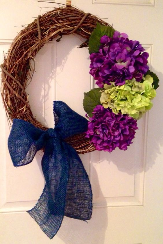 Spring hydrangea floral wreath with blue burlap by TheSouthernRoot, $35.00