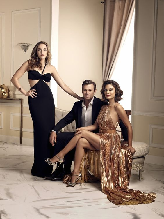 Dynasty CW promo photo: Cristal Flores, Fallon Carrington