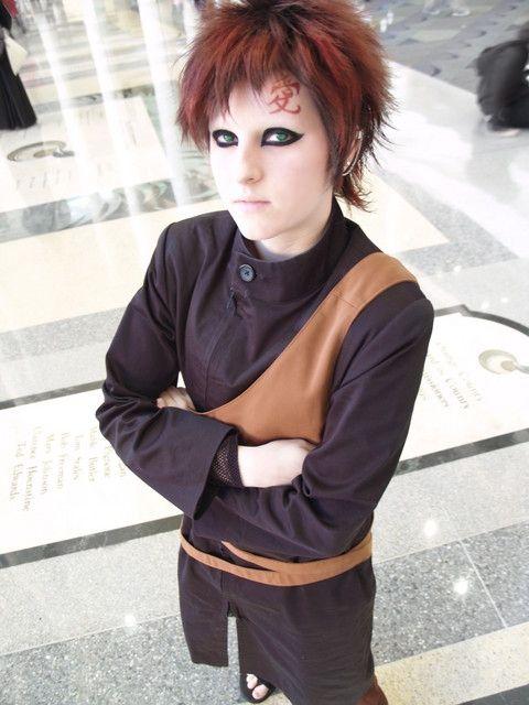 http://stilgar.hubpages.com/hub/Naruto-cosplay-Gaara ... Gaara Cosplay