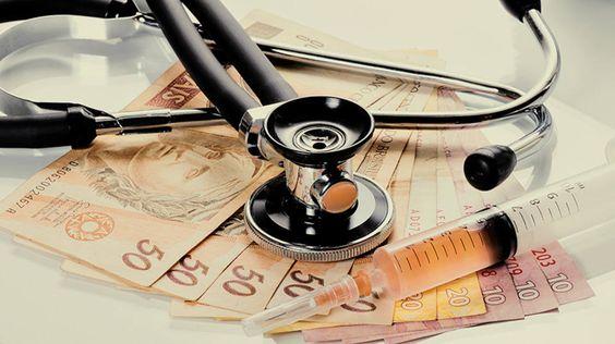 Entidades públicas e privadas de saúde sofrem com crise econômica. Investir em modernização da infraestrutura e tecnologia fará diferença para retomada do setor