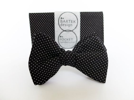 Groom Wedding Set Self Tie Bow Tie and Pocket by BartekDesign, €36.00