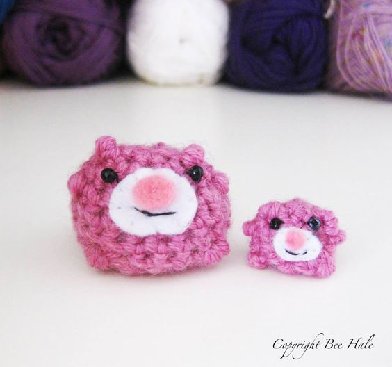 Beeble set 2x crochet Beebles with beads for eyes and felt muzzles 4cm to 2cm in size